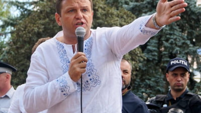 Chisinaul nu e Erevan si nici Tbilisi. Moldovenii cand se supara nu se duc sa protesteze, ci isi iau pasaportul si se muta in alta tara Interviu