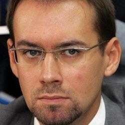 Chiuariu vrea sa ii faca pe plac lui Basescu