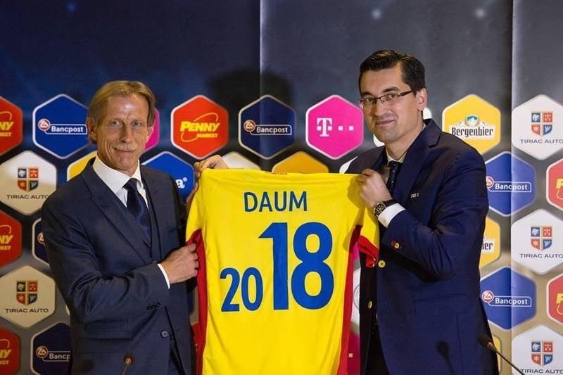 Christoph Daum a decis: Iata ce staff va avea la nationala Romaniei