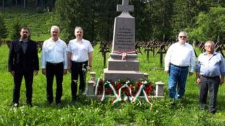 Cimitirul Eroilor din Valea Uzului nu mai poate fi vizitat decat o ora pe saptamana si cu programare