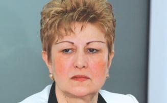 Cinci femei l-au condamnat pe Nastase - Vezi cine sunt