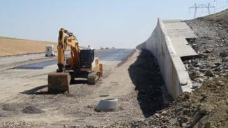 Cinci investitori, interesati de realizarea Autostrazii Ploiesti-Brasov in parteneriat public-privat