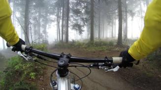 Cinci lucruri esentiale pe care trebuie sa le ai la tine atunci cand iesi cu bicicleta