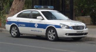 Cinci romani arestati pentru furt, in Cipru