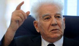 """Cine a fost Aurelian Gh. Bondrea, mort la 92 de ani. Fondatorul """"fabricii de diplome"""" Spiru Haret era apropiat al Elenei Ceausescu"""