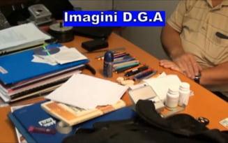 Cine e profesorul universitar din Cluj condamnat la inchisoare pentru luare de mita. Suma gasita in biroul sau VIDEO