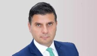 Cine este Alexandru Petrescu, ministrul mutat de la Economie la Mediul de Afaceri