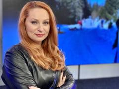 """Cine este Cristina Pocora, noua sefa CNA. Fost deputat PNL care in 2010 cerea masuri impotriva desenelor animate """"violente"""". In 2015 a dublat alocatiile pentru copii"""