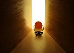 Cine ii ia scaunul lui Telescu?