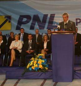 Cine se bate pentru o functie in PNL