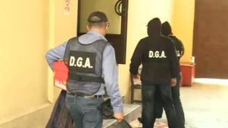 Cine sunt cei 9 politisti de la Inmatriculari arestati pentru luare de mita. O agenta infiltrata de DGA este martor in acest dosar spectaculos