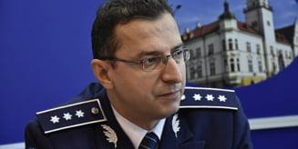 Cine sunt noii sefi de la IPJ Bacau. Comisarul sef Toader Buliga il inlocuieste pe chestorul Vaslie Oprisan la comanda institutiei