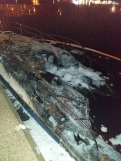 Cine sunt proprietarii ambarcatiunilor care au ars in Portul Turistic Tomis