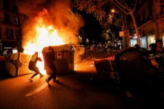 Ciocniri intre manifestanti impotriva restrictiilor si politie in Spania si Italia