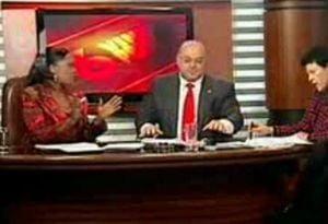 Ciocu' mic si senatorul Bideu s-au batut cu apa la TV (Video)