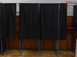 Ciolacu, Ponta si Tariceanu cer Avocatului Poporului sa sesizeze CCR cu privire la OUG pe alegerile anticipate