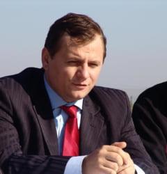 """Ciolacu, Tudose si Gorghiu au fost la o """"petrecere privata"""" oferita de directorul SIE: Nu s-a vorbit de valize!"""