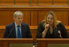 """Cioloș, către senatoarea Șoșoacă: """"Sper că aveți pe conștiință minciunile pe care le-ați propagat ca să sădiți teama în rândul oamenilor pe care îi vedeți acum la ATI"""""""