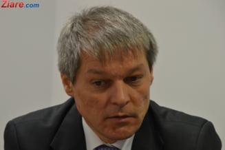 Ciolos, criticat dur din PNL: Opriti minciuna, intoxicarea si abuzul impotriva legii darii in plata!
