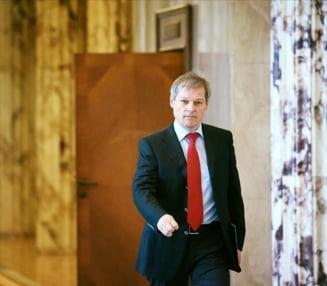 Ciolos a prezentat starea economiei in Parlament. La cifrele premierului, PSD & Co au raspuns cu atacuri si clisee