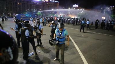Ciolos ii cere demisia lui Dancila, dupa incidentele de la proteste: Ar fi ultimul lucru cu adevarat patriotic