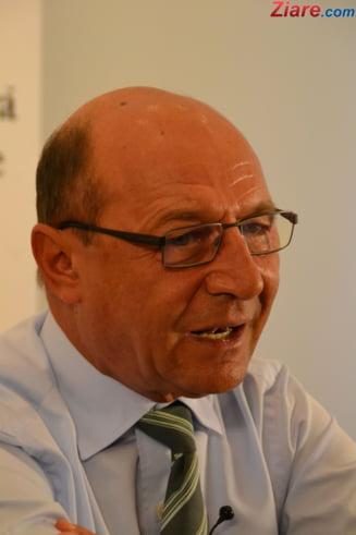 Ciolos negociaza alegerea primarilor - Basescu: E un joc murdar din partea liberalilor (Video)