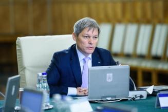 Ciolos participa azi la Consiliul National al PNL unde va fi anuntat ca premier al liberalilor