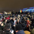 Ciolos si Barna, in Piata Victoriei: Trebuie organizate alegeri anticipate, pentru ca Romania sa nu ajunga o anexa a Rusiei