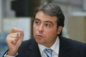 Cioroianu, in Playboy: Crin Antonescu e PNL-ist, nu e liberal