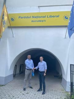 Ciprian Ciucu și-a anunțat candidatura pentru președinția PNL București. Fotografia în care apare alături de premierul Florin Cîțu