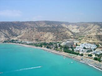 Ciprul, prins intre interese straine. Taxarea depozitelor va duce la prabusirea bancilor?