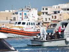 Circa 450 de migranti au debarcat pe insula italiana Lampedusa