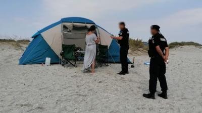 Circa 8.800 de turisti au vizitat plajele salbatice de la Marea Neagra in weekend