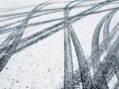 Circulatie inchisa pe DN 1H Bihor din cauza ninsorilor