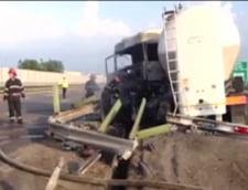 Cisterna rasturnata pe autostrada Bucurest-Pitesti: Pericol de explozie