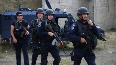 Civili sârbi și poliţişti kosovari răniți în urma unor ciocniri violente în nordul Kosovo