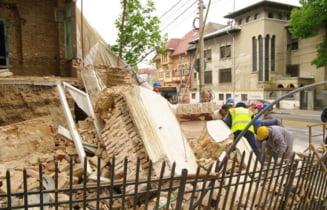 Cladire prabusita in Centrul Istoric: Mii de bucuresteni ar muri intr-un cutremur mare