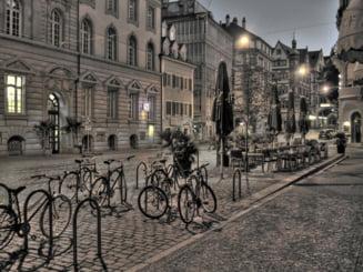 Cladirile de utilitate publica, autogarile si pietele sunt obligate sa aiba parcari pentru biciclete. Proiectul de lege a fost votat de deputati