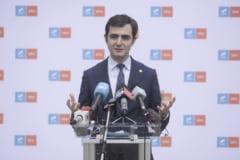 Claudiu Nasui (USR) acuza ca sapte parlamentari pacalesc statul pentru a castiga lunar 1.000 de euro in plus, pe langa salariu