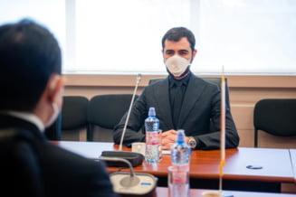 """Claudiu Nasui invoca motive bizare pentru demiterea lui Vlad Voiculescu: """"Mafia din sistemul de sanatate de stat a castigat din nou"""""""