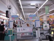 Clientii Carrefour pot reincarca mobilul la casa de marcat