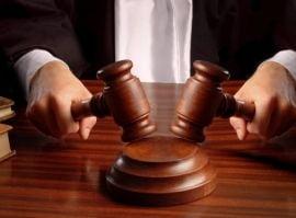 Clientii care au dat BCR in judecata, obligati sa plateasca 100.000 de lei bancii