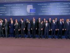 Clipul zilei: Klaus Iohannis, stingher la fotografia de familie de la Bruxelles (Video)