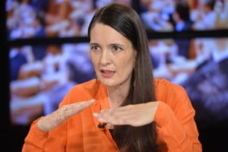 """Clotilde Armand, acuzatii grave la adresa consilierilor PNL: """"Fratia in ilegalitate este transpartinica la Sectorul 1. PNL a votat la fel ca PSD si au aparat Romprest"""""""