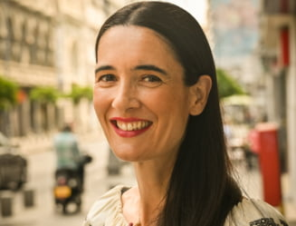 """Clotilde Armand a taiat abonamentele de 75 Euro ale personalului din administratia scolilor: """"Se descurca si cu un abonament de 5 Euro lunar"""""""