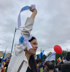 """Clotilde Armand acuza Primaria Sectorului 1 ca ofera angajatilor """"concedii mascate"""" sub forma cursurilor de pregatire la munte"""