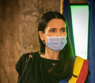 Clotilde Armand dezvaluie ca avocata lui Liviu Dragnea a avut contracte cu Primaria Sectorului 1 si a incasat 570.000 de lei
