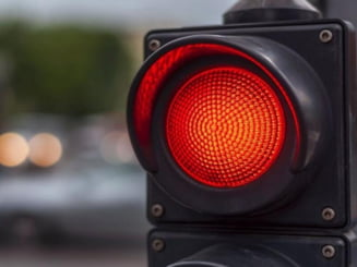Cluj: A trecut pe Rosu si a REGRETAT. Accident rutier pe strada Horea