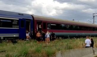 """Coșmarul copiilor blocați în trenul groazei: zece ore în beznă și căldură sufocantă. """"Nu le-a adus nimeni măcar o sticlă cu apă"""""""
