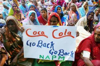 Coca-Cola, obligata sa-si inchida fabrica din India - consuma prea multa apa